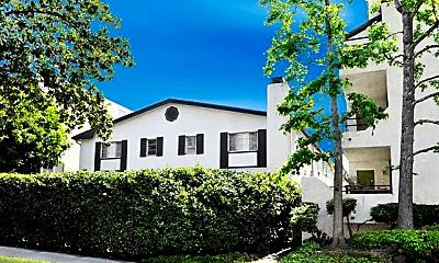 Building, 412 N Louise St, 0