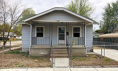 Building, 2301 W 3rd St N, 1