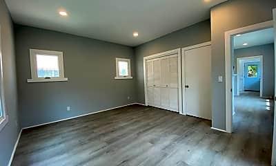 Living Room, 322 Belmont Ave, 2