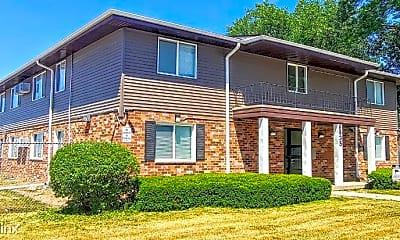 Building, 8835 N Swan Rd, 0