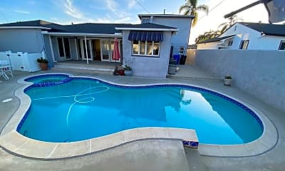 Pool, 4917 Rockford Dr, 0
