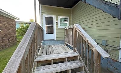 Patio / Deck, 1009 E Gwinnett St, 2