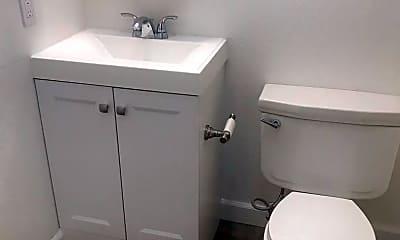 Bathroom, 438 E Taylor St, 2