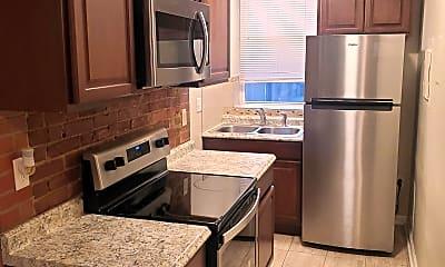 Kitchen, 715 Moravian Way, 1