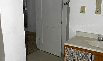 Bathroom, 1017 Lee St, 2
