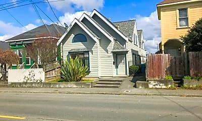 Building, 1221 West Ave, 1