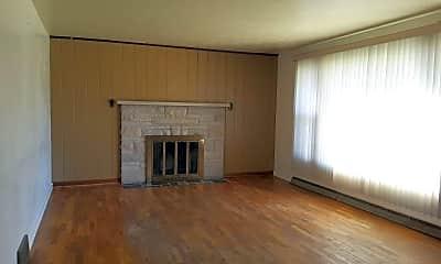 Living Room, 55428 Ash Rd, 1