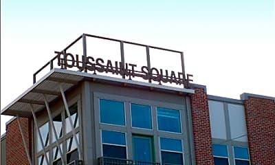 Toussaint Square, 0
