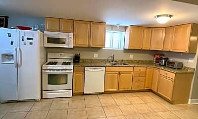 Kitchen, 2125 W Potomac Ave G, 1