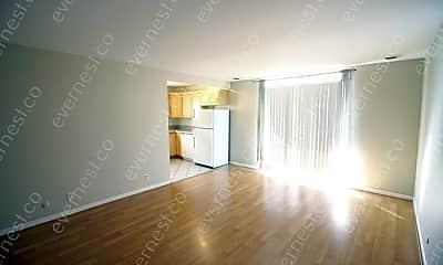 Patio / Deck, 613 Hillsboro Rd, 1