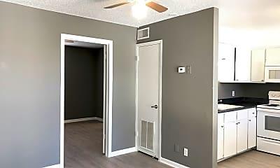 Kitchen, 420 N Gilmer St Apt 28, 1