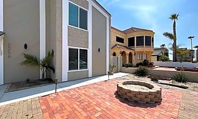 Building, 5344 Beachcomber St, 2