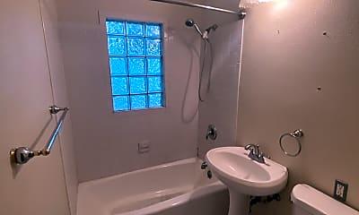 Bathroom, 1124 Western Ave, 2