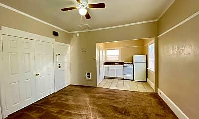 Living Room, 460 28th St, 1