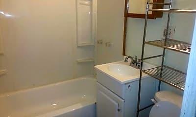 Bathroom, 2010 Kishwaukee St, 1