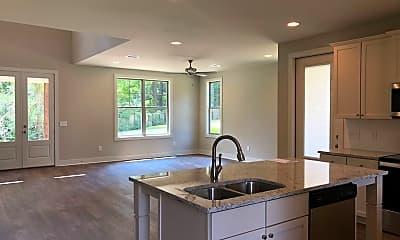 Kitchen, 566 Harper Ave, 1