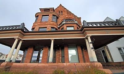 Building, 1509 E Superior St, 2