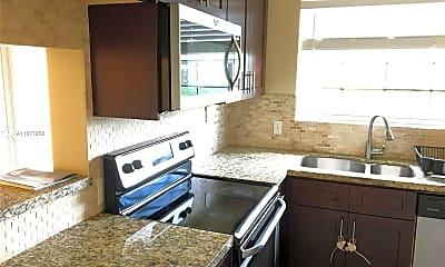 Kitchen, 680 Cypress Club Way G10, 0