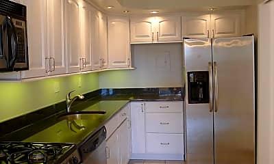 Kitchen, 4515 Willard Ave 707S, 1