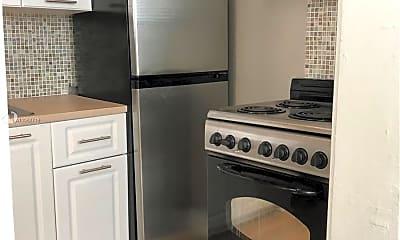 Kitchen, 119 Menores Ave 12, 1