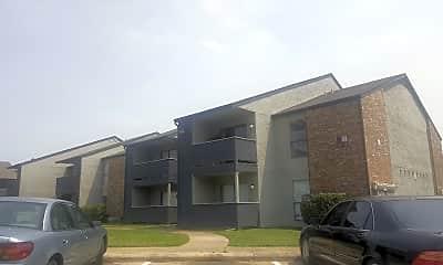 Avenida Crossing Apartment Homes, 0