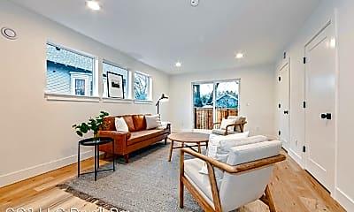 Living Room, 617 N Lombard St Unit A, 1