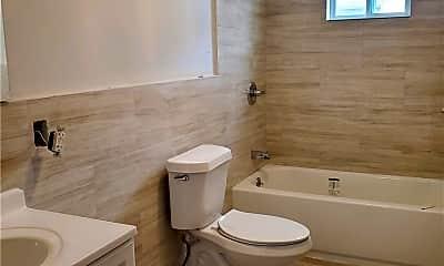 Bathroom, 114-27 169th St 2, 2