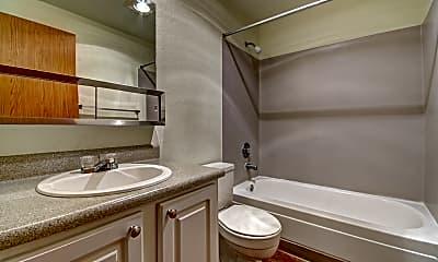 Bathroom, The Hunt Club, 2