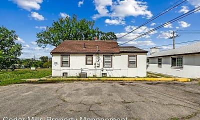 Building, 1728 N Hillside St, 2