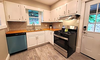 Kitchen, 517 Washington St, 1