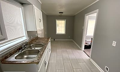 Kitchen, 3161 Harris Ave, 1