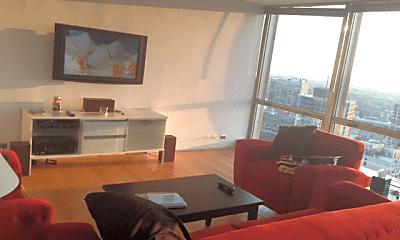 Living Room, 340 W Diversey Pkwy, 2