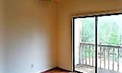 Bedroom, 2140 Pearl St, 2
