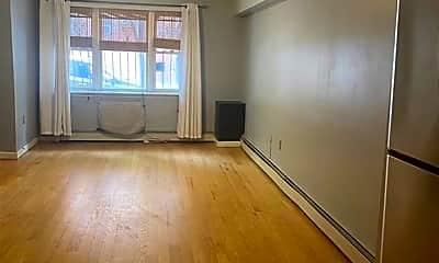 Living Room, 3101 Heath Ave 1, 0