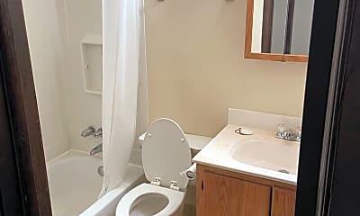 Bathroom, 614 Knoll Dr, 2