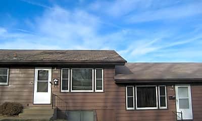 Building, 720 Woodside Dr, 0