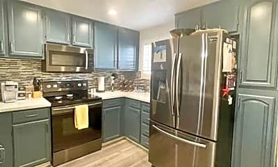Kitchen, 1034 Summerplace Dr, 0
