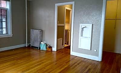 Living Room, 1620 Detroit St, 1