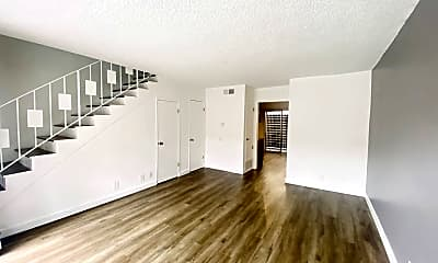 Living Room, 457 W Dryden St, 1