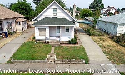 Building, 707 E Providence Ave, 1