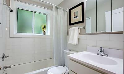 Bathroom, Idaho Flats, 2