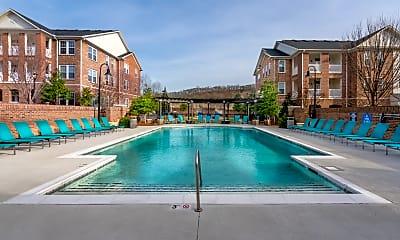 Pool, IMT Franklin Gateway, 2