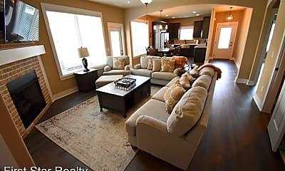 Living Room, 740 N Malbec Rd, 1