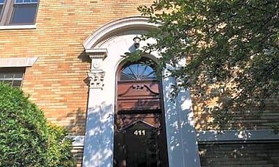 Building, 411 Washington St, 2