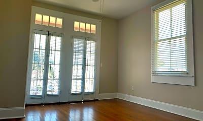 Living Room, 3125 Banks St, 1