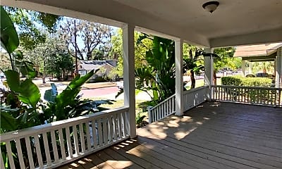Patio / Deck, 627 N Hyer Ave, 1