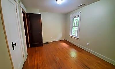 Bedroom, 700 N Washington St, 2