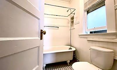 Bathroom, 400 Union St, 2