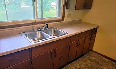 Kitchen, 650 Kiwanis Dr, 1