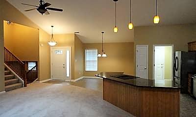Living Room, 6739 Evergreen Woods, 1